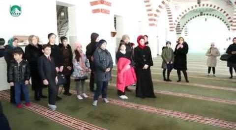Экскурсия по мечети (ВИДЕО)