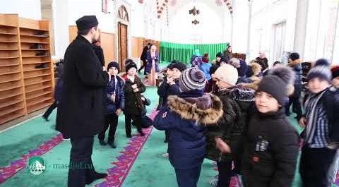 Экскурсия в Центральной мечети г. Махачкалы для детей (ВИДЕО)